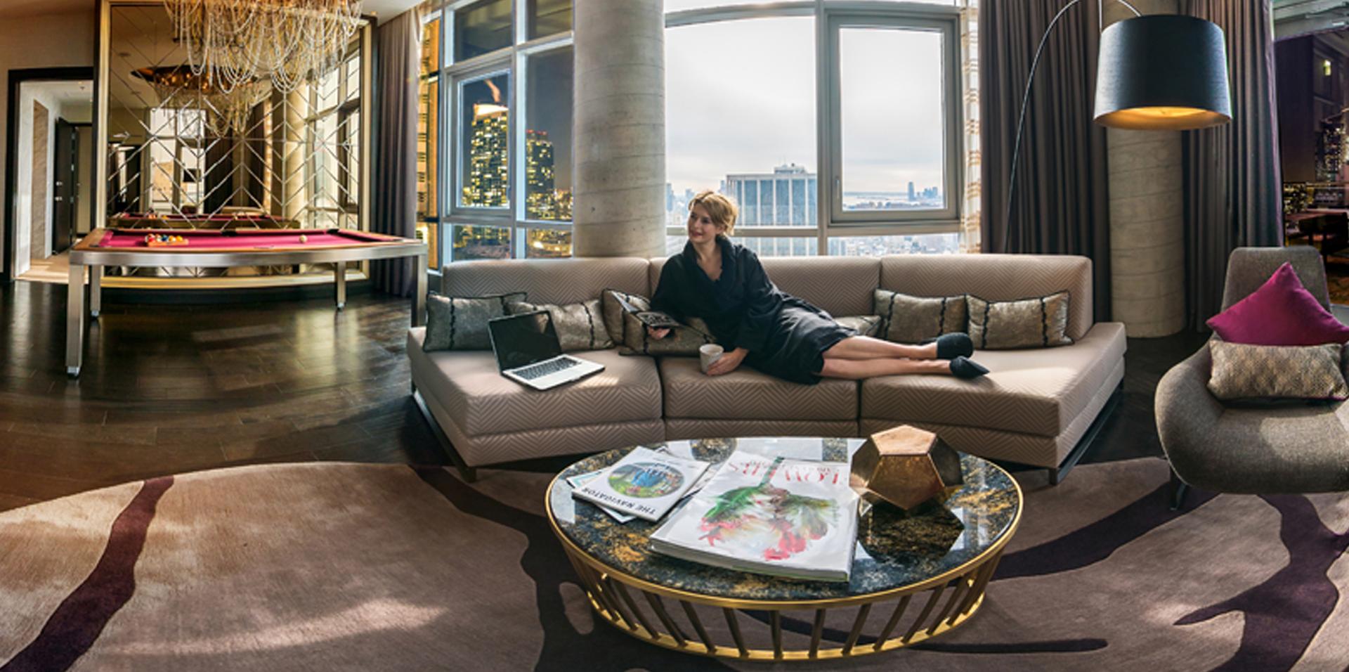 Convert visitors into hotel guests